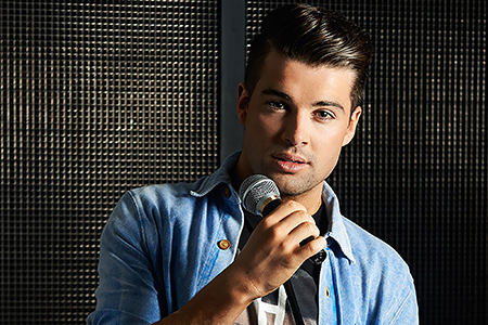 Joe McElderry (photo credit Michael Walker)