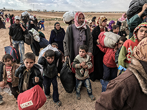 Refugees at the Jordanian Syrian border in HUMAN FLOW, an Amazon Studios release. Photo courtesy of Amazon Studios.