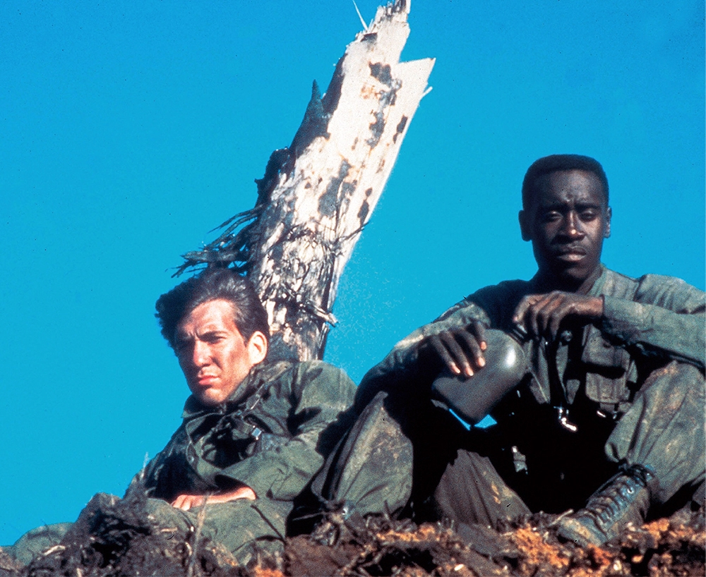 Dylan McDermott and Don Cheadle in Hamburger Hill
