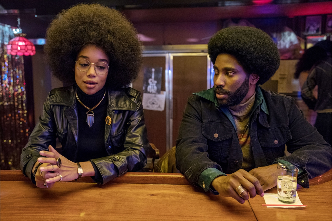 Laura Harrier and John David Washington in BlacKkKlansman