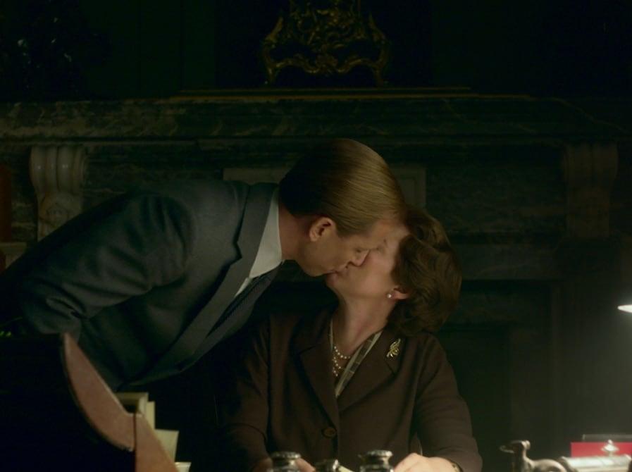 Tobias Menzies as Prince Philip and Olivia Colman as Queen Elizabeth II
