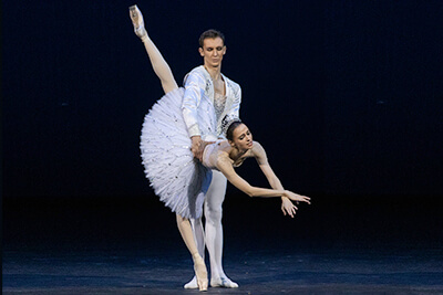 **JEWELS**    Balanchine built an homage of captivating beauty to the three dance schools that had forged his style, each represented by a contrasting gemstone. Jewels offers a unique occasion to enjoy the genius of choreographer's visually captivating work performed by some of the world's most dazzling dancers.