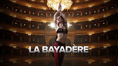 **LA BAYADÈRE**  La danseuse sacrée Nikiya et le guerrier Solor s'aiment en secret. Lorsqu'ils sont découverts, tout s'oppose à leur amour. La Bayadère est le ballet de la perfection chorégraphique avec ses lignes infinies de tutus blancs.