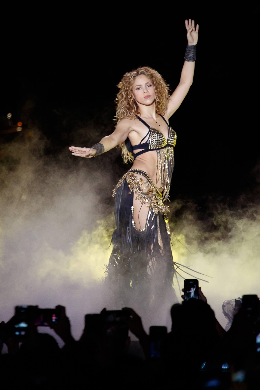Shakira In Concert: El Dorado World Tour: Get Tickets | Trafalgar Releasing