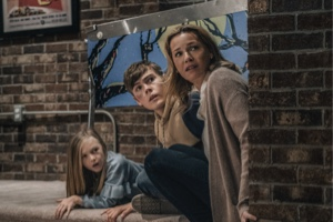 Connie Nielsen, Gage Munroe and Paisley Cadorath in Nobody (2021 movie)