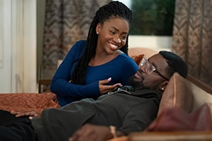 Teyonah Parris and Lil Rel Howery in The Photograph (2020 Movie)
